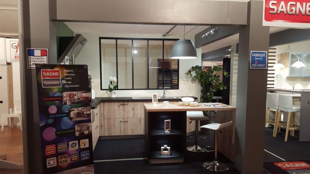 Montage d 39 un stand d 39 exposition de cuisines le blog for Sagne cuisines