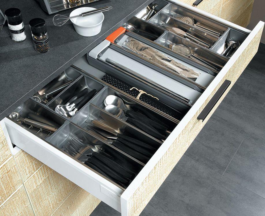 Ranger les couverts le blog sagne cuisines for Rangement couverts tiroir cuisine